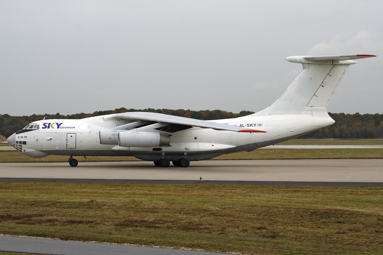 SkyGeorgia Il-76TD 4L-SKT (Grd) GKE (BX)(LR)