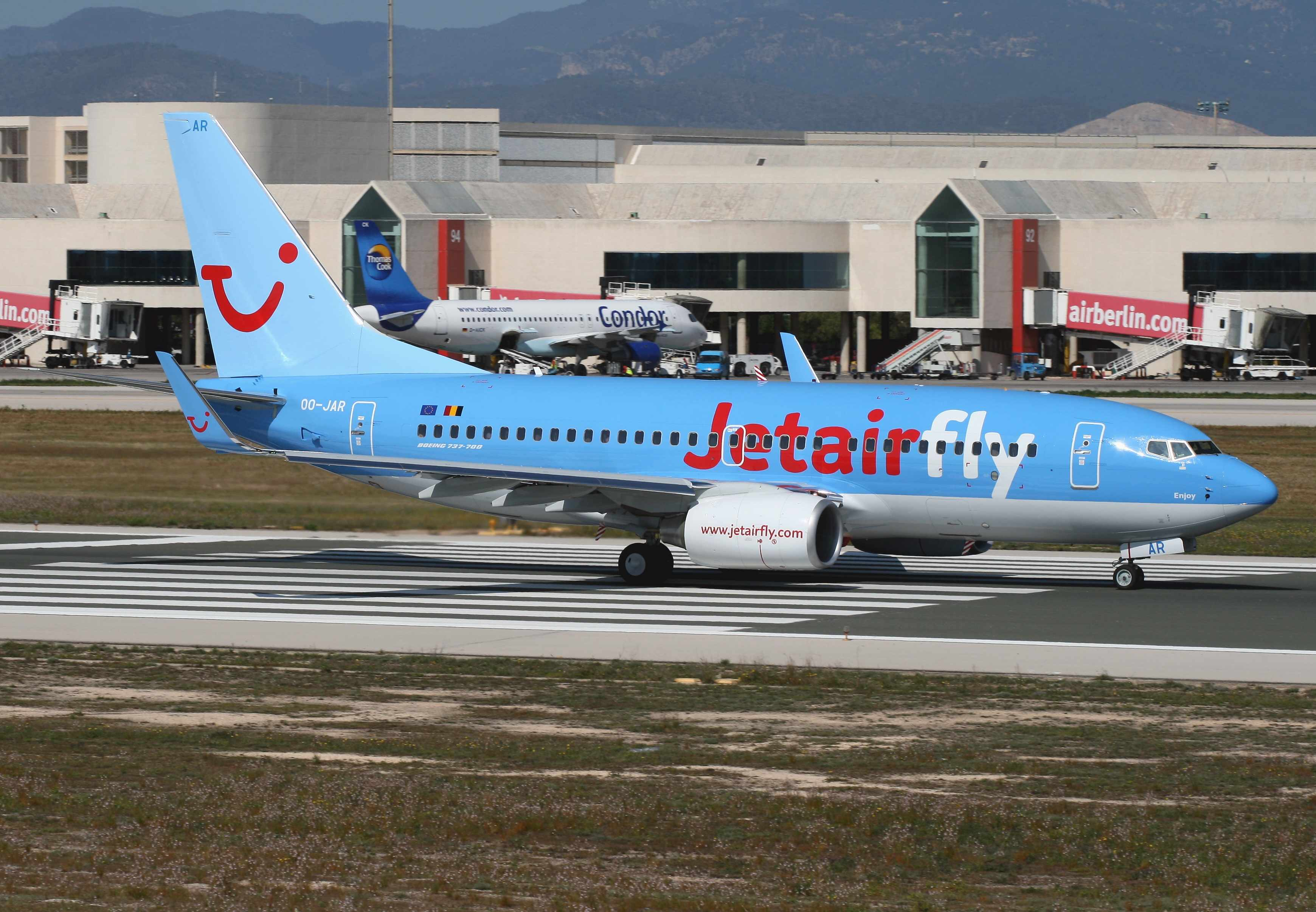 Jetairfly adds a Boeing 737-700 with winglets | World