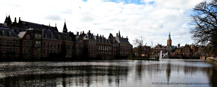 Behind the Binnenhof is a lovely lake and fountain.