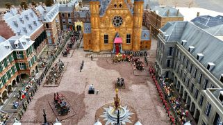 A tiny Binnenhof and Ridderzaal. The details are impressive.