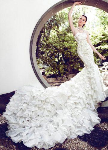 Couture & High End Luxury Brands: Best Bet: Yumi Katsura Couture www.yumikatsuracouture.com