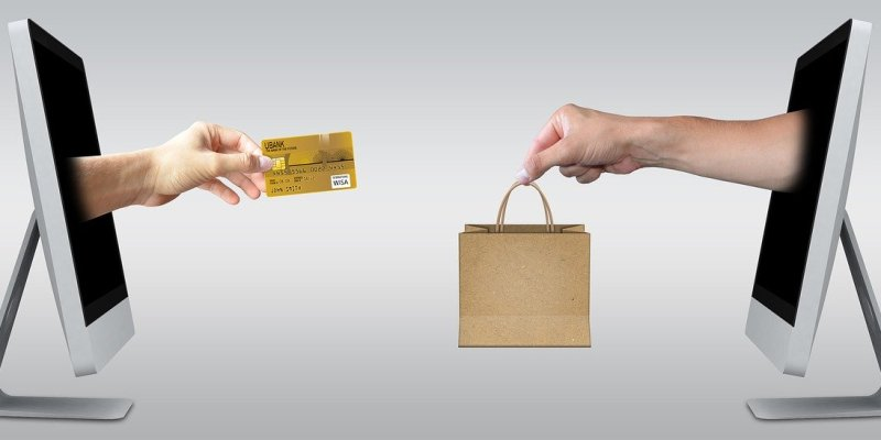 Why do Every Retail store need an E-commerce Website?