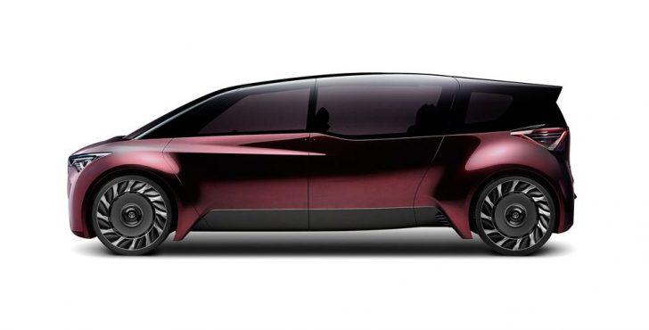 トヨタの新エスティマのサイド