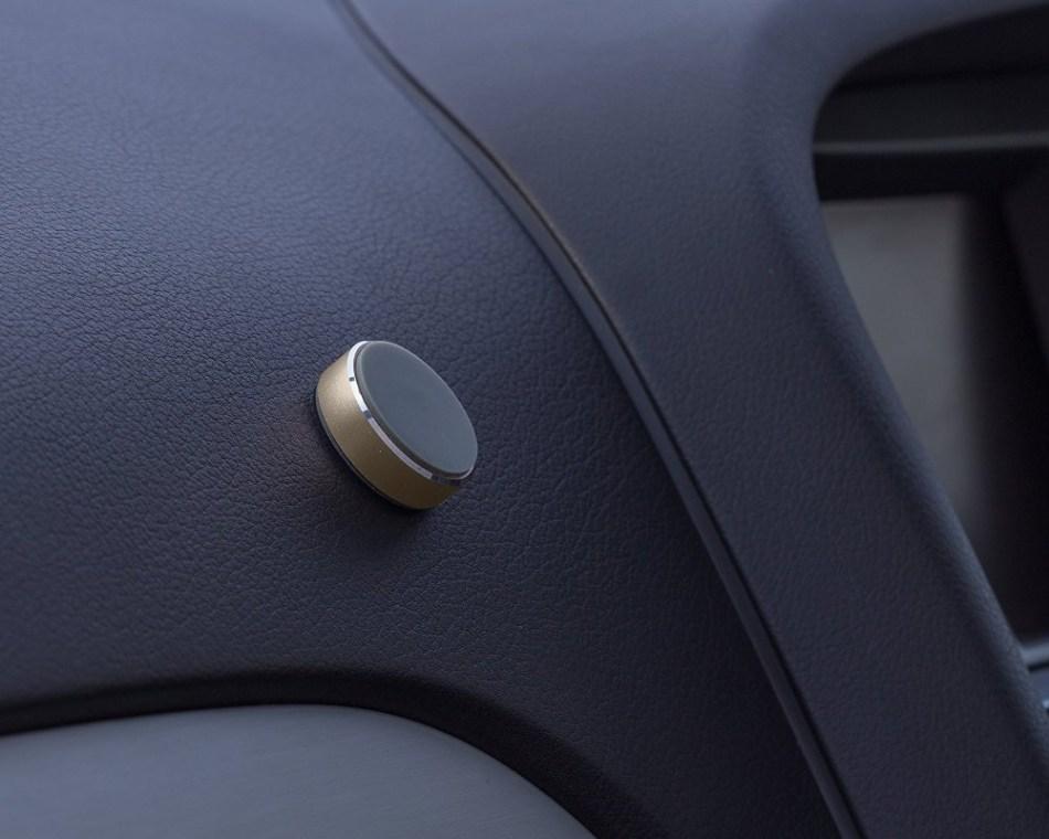 Suport auto telefon magnetic universal, prindere de bord, Kit HOLMAGGD, Auriu 7