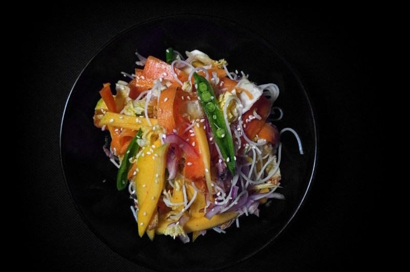 Quick Thai mango salad