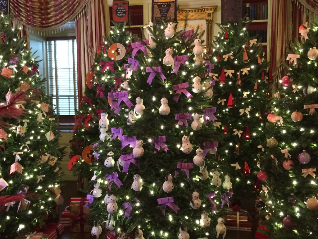 White House Christmas tree decorated.  Photo:  Tonya Fitzpatrick