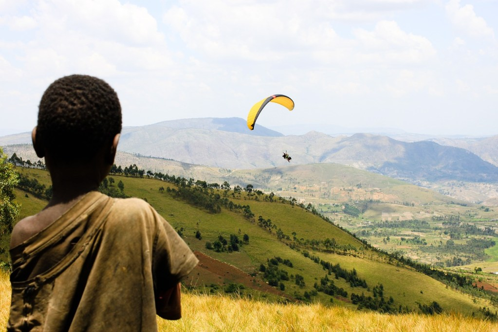 Viewing the Burundi landscape from two angles