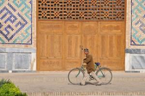 uzbekistan-bike.jpg