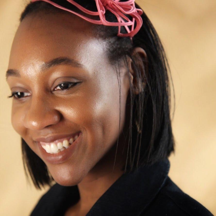 Headshot of freelance travel writer Laura K. Wise.