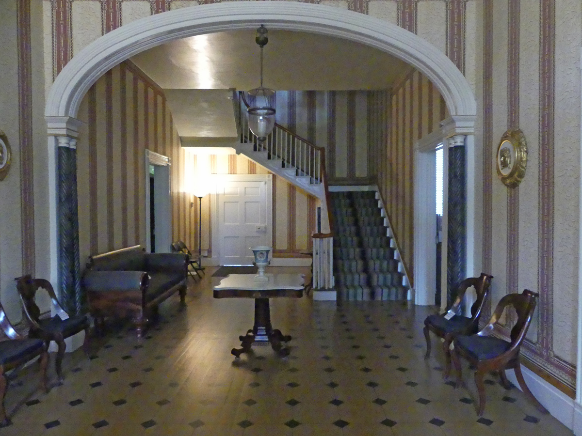 Entrance hall of the Carnton house. Photo: Kathleen Walls