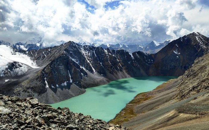 hiking lake ala kul