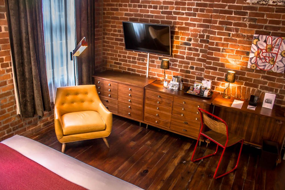 Old No.77 Hotel & Chandlery Review