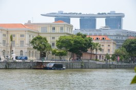 Marina Bay Sands et le Fullerton vus de Clark Quay