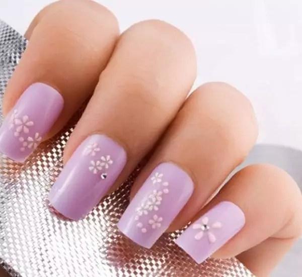 47403-522x480-flower-nail311