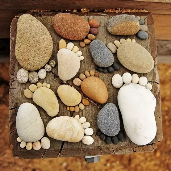 20 Brilliant DIY Decoration Using Stones That Will Beautify Your Home And Garden