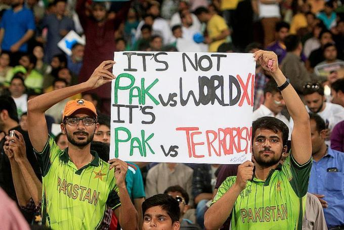 Pakistan 4