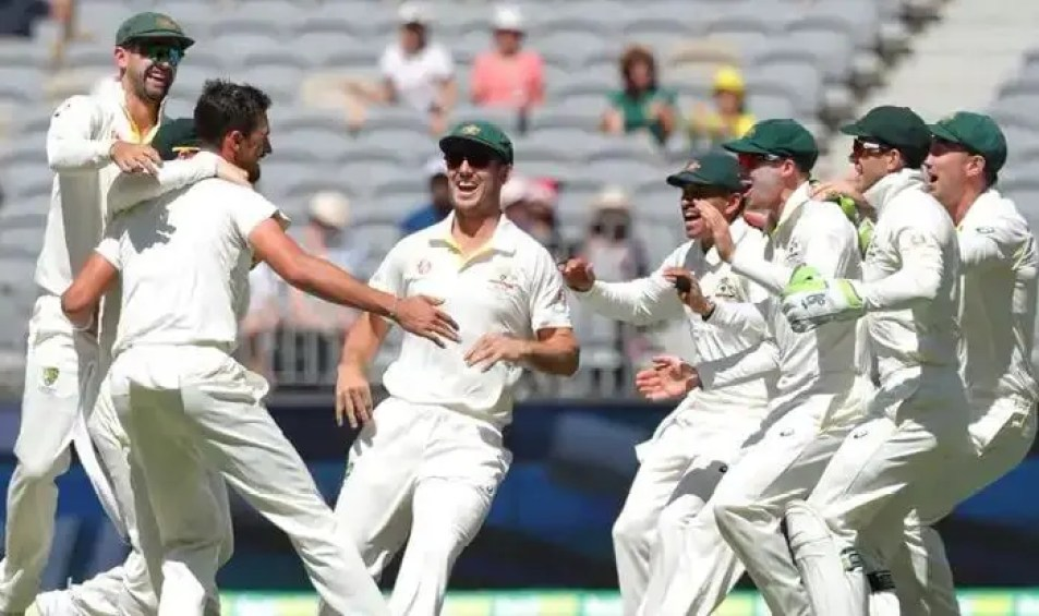 The Australian Bowling Unit Couldn'T Make Inroads Into The Indian Batting