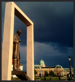 storm+over+buda+castle