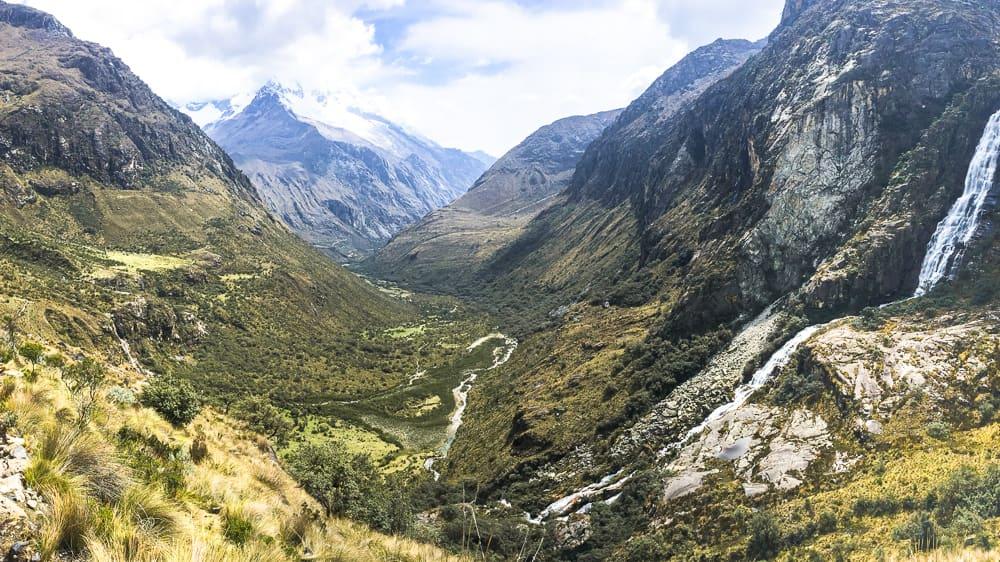 santa cruz trek hike huascaran national park