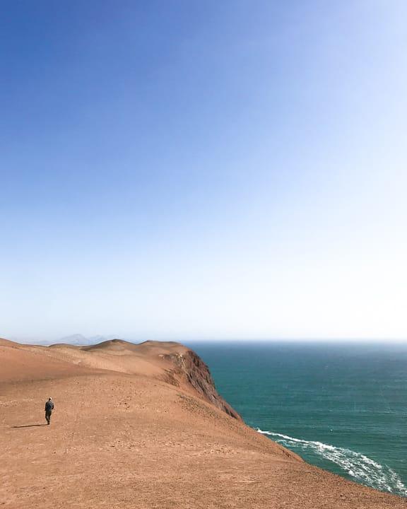 la playa roja red beach paracas national reserve