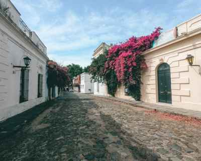 Uruguay Guide: Wander the Streets
