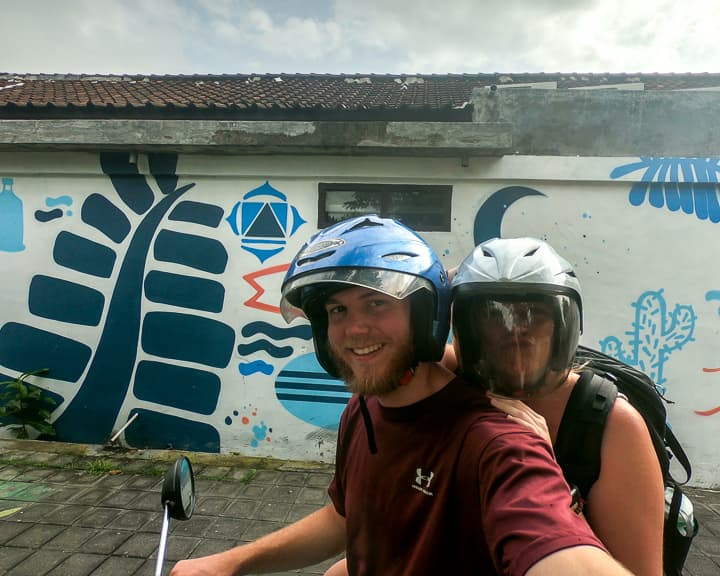 Best way to get around Canggu: Rent a scooter/Grab Taxi