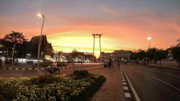 Bangkok on a Budget: Giant Swing