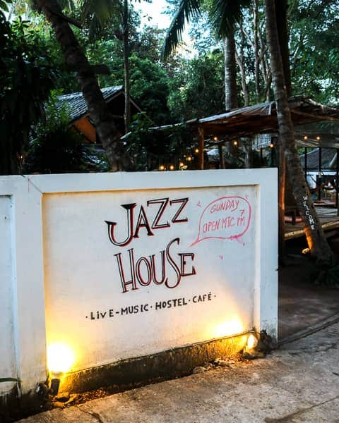 Budget Guide to Pai: Go to Jazz House