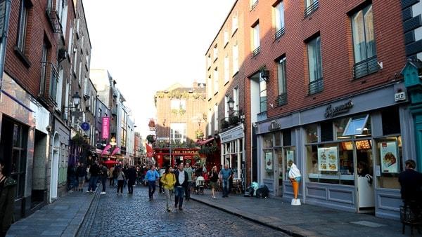 Cheap things to do in Dublin: Temple Bar