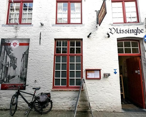 Bruges Oldest Pub - 600 4x5