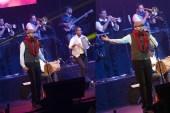 Juan Luis Guerra and 440 in Toronto 01
