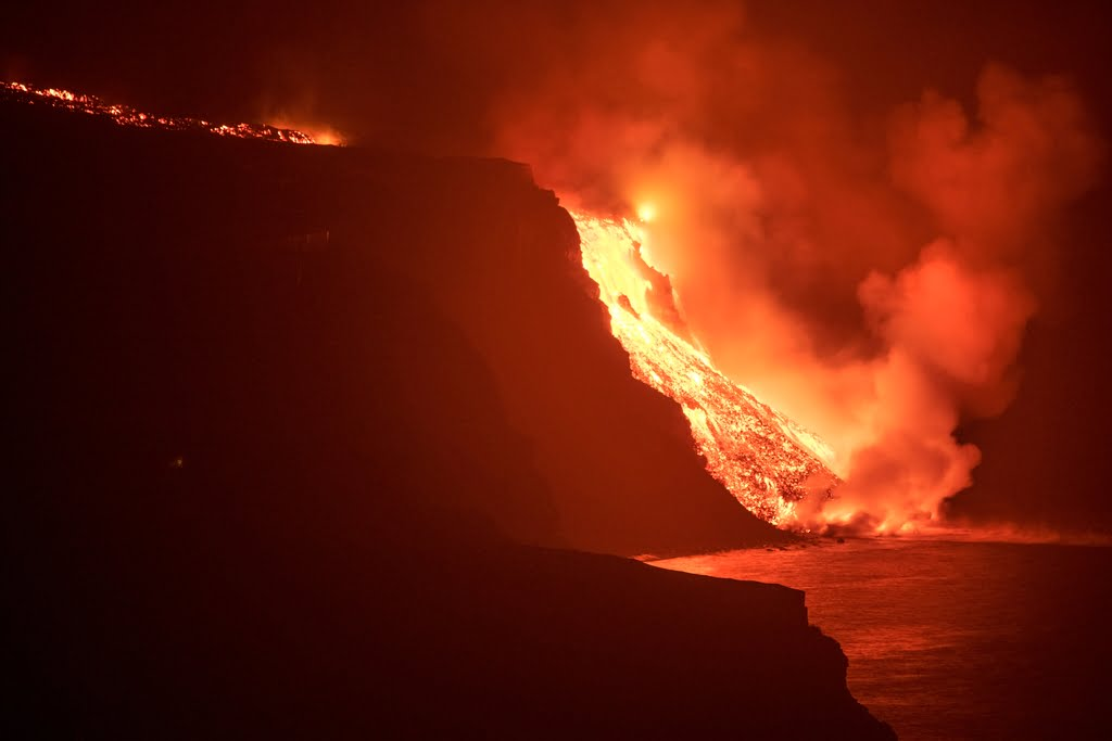 Lava from Canary Islands eruption finally reaches sea