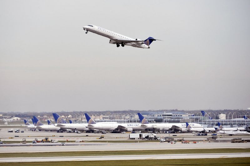 United Airlines fires nearly 600 employees for denial of COVID-19 vaccine