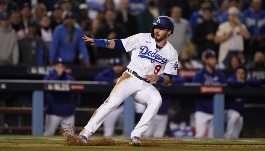 Gavin Lux, and the choice Dodgers' Dave Roberts faces for NLDS Game 5