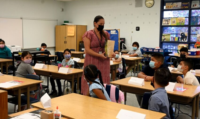 LAUSD board approves pandemic-era pact with teachers
