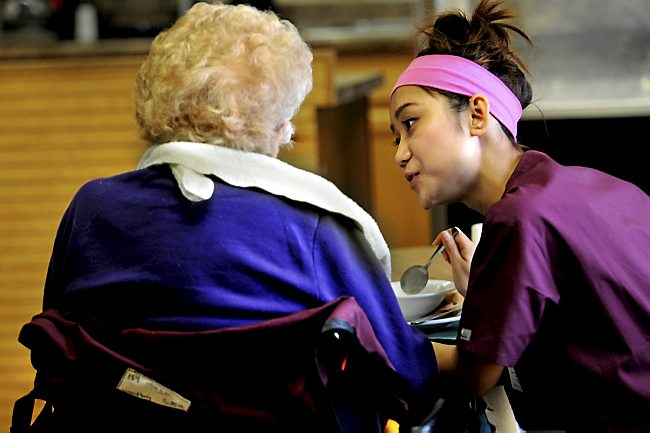 Minnesota home health care workers receive October 1 salary