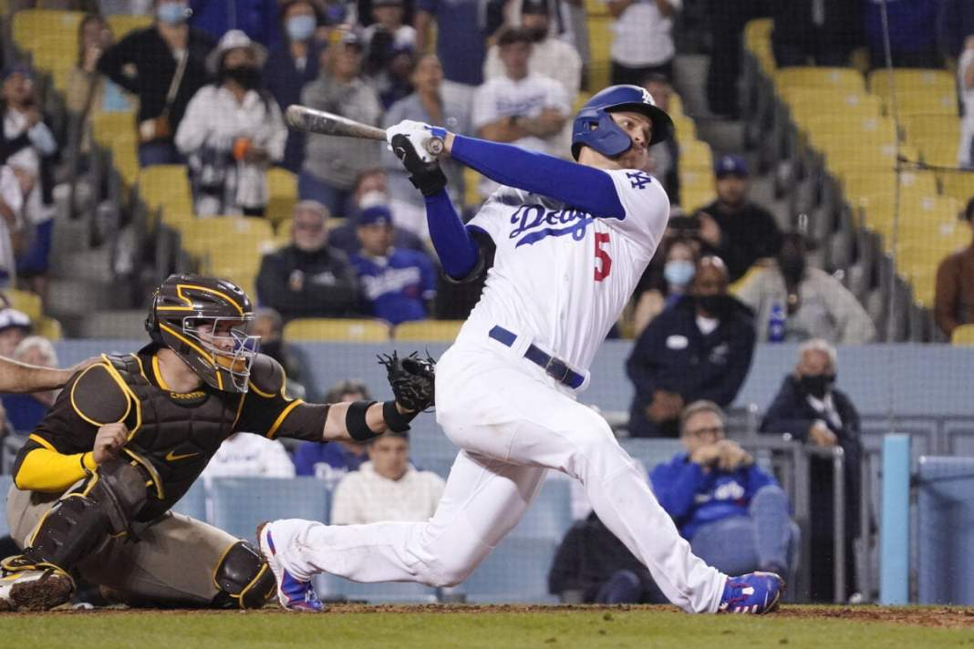 The Dodgers won the Slam 4 HRs 8-9 to 11-9 Comeback Padres