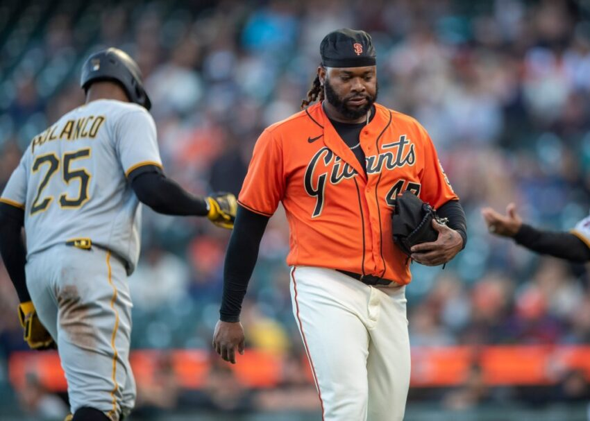 Why isn't Johnny Cueto on the SF Giants' playoff roster?