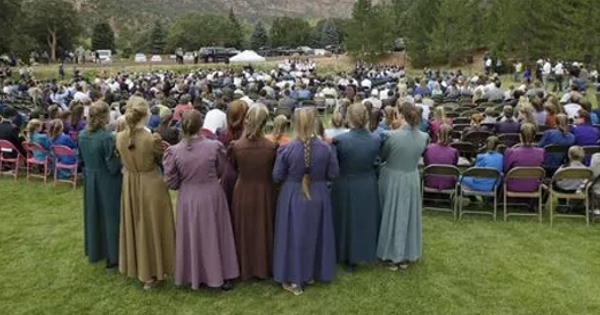 More than 600 members of the Fundamentalist