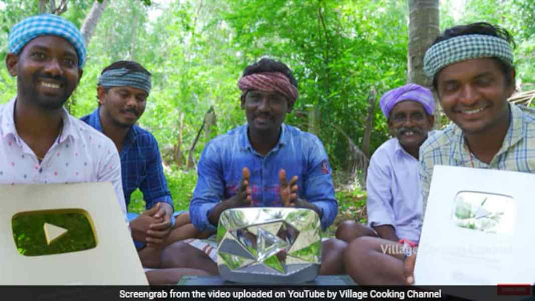 This Online Cooking Channel From Tamil Nadu Hits 1 Crore On YouTube; Sets A Record