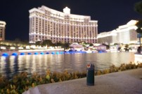 Watching the Bellagio fountains, Vegas