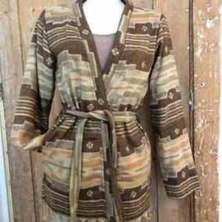 Heerlijk super-warm vest, beige en bruin.