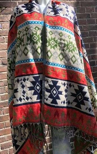 Tibet shawl in mooie kleuren combinaties