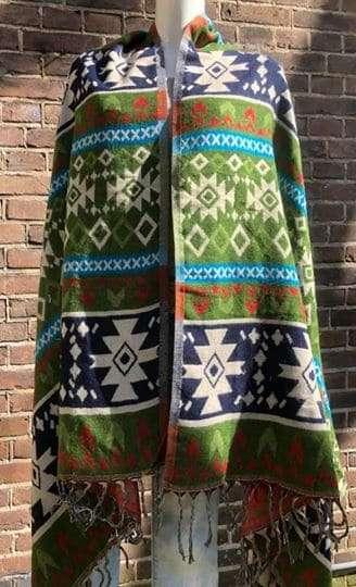 Tibet shawl twee mooie kleuren combinaties