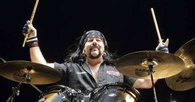Vinnie Paul – Morte inesperada do eterno baterista dos Pantera