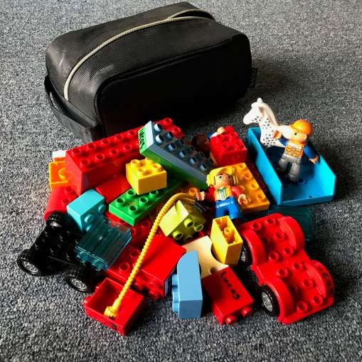Quite a lot of DUPLO fits in a bathroom bag.