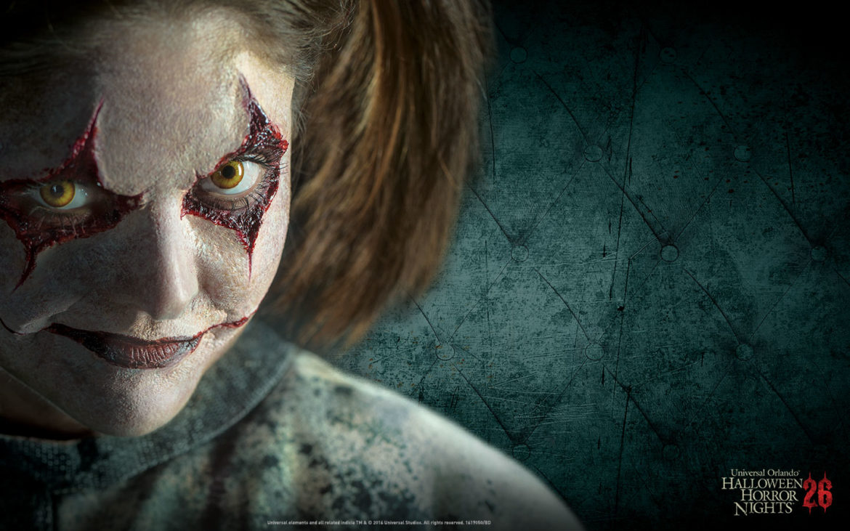 surviving the night at halloween horror nights 26 | world of universal