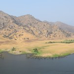 Brown hillside along Three Rivers12
