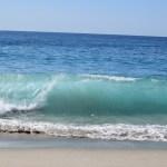 Overturning waves at Laguna Beach12