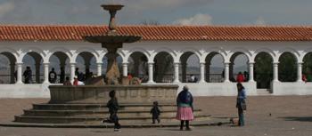 Recoleta Outdoor Fountain-2